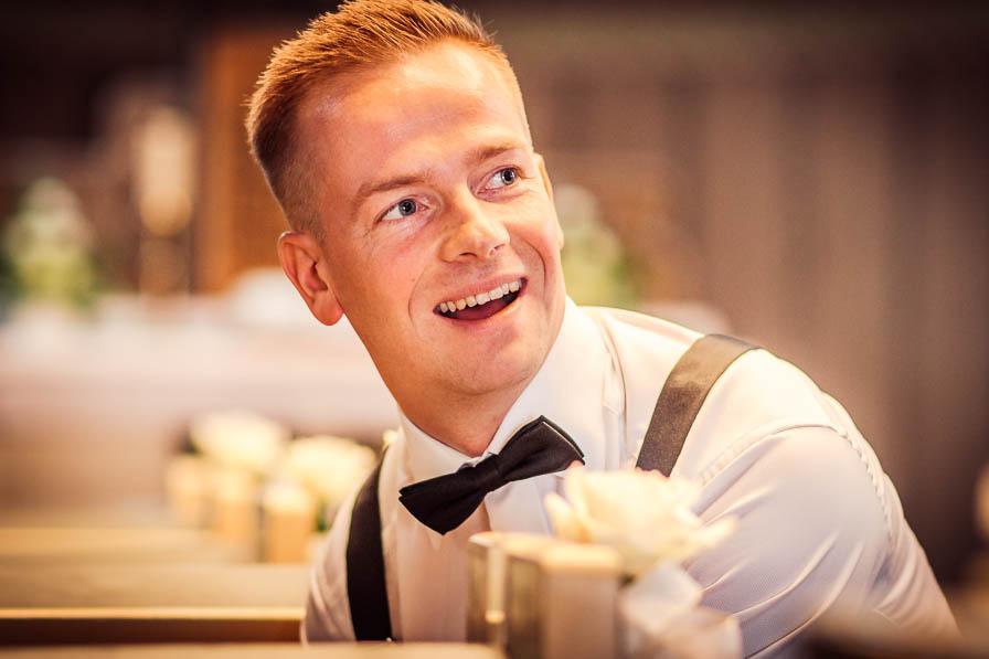 Portrait des Bräutigams, fotografiert vom Hochzeitsfotograf Berlin