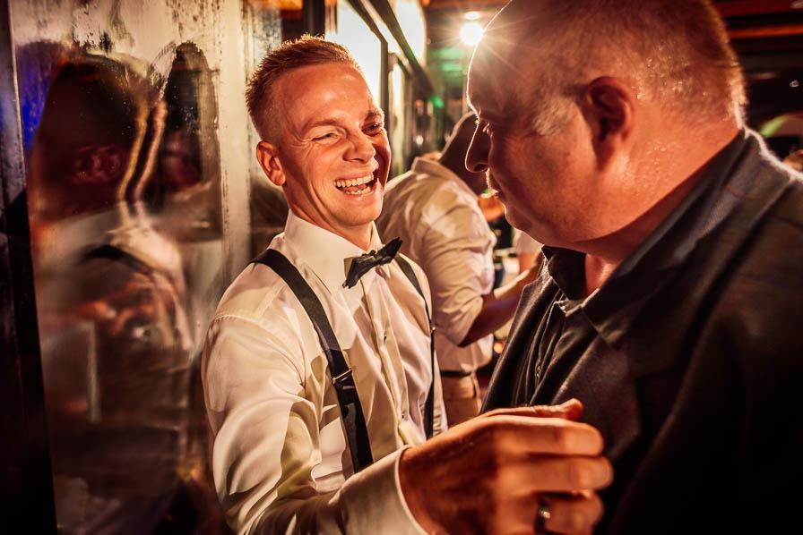 Gast und Bräutigam