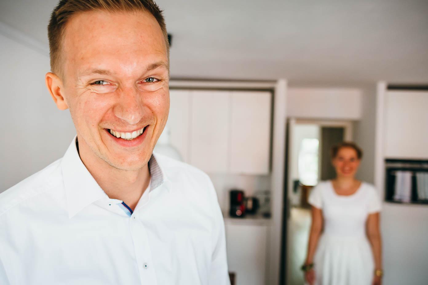 First Look mit Braut und Bräutigam.