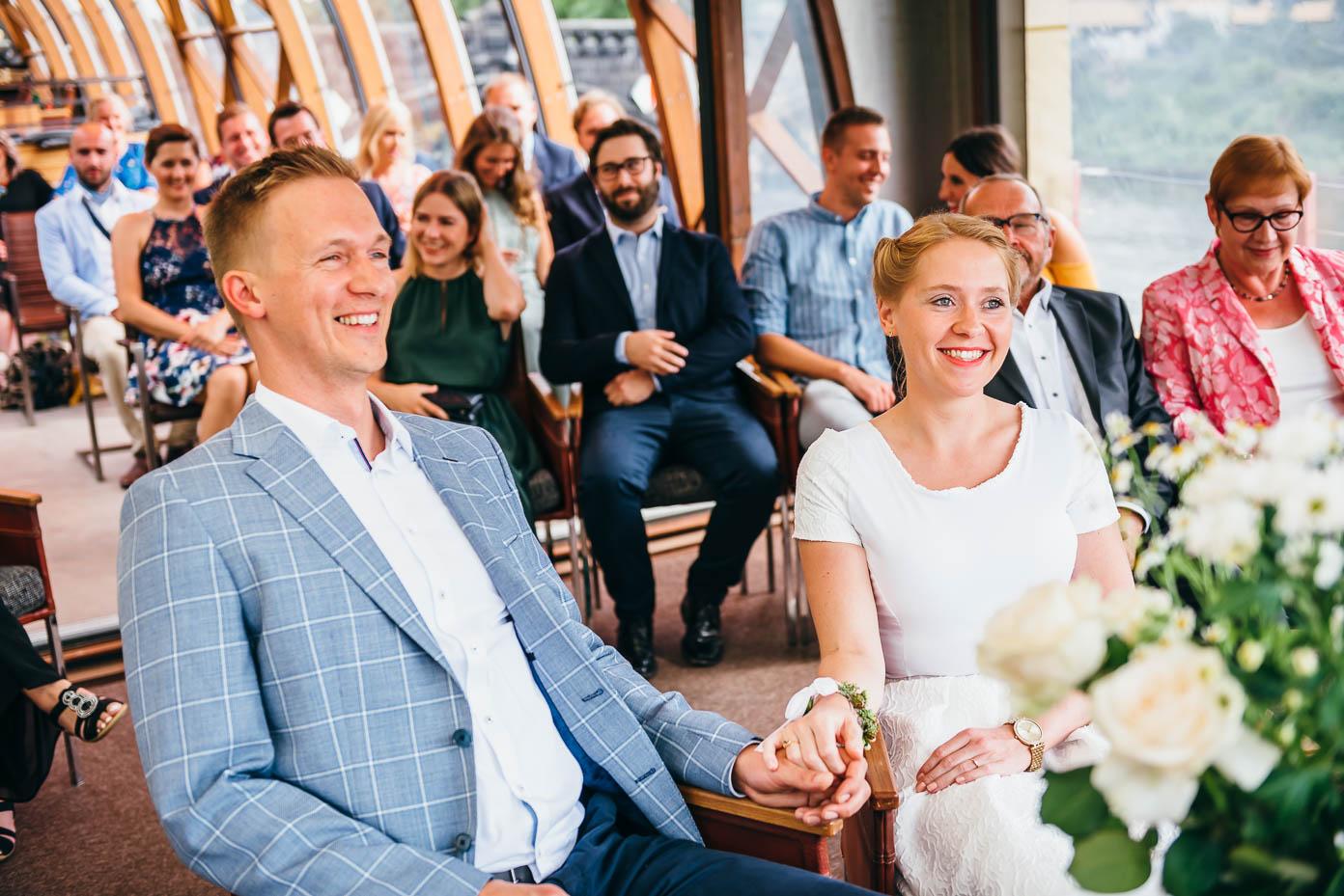 Das Brautpaar bei der Trauung