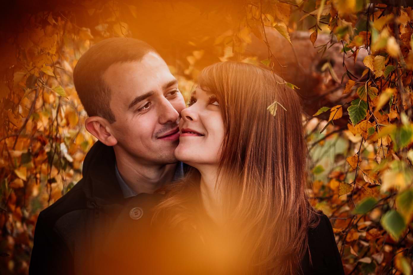 Engagementshooting im Herbst