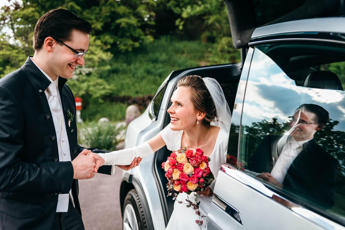 Ankunft des Brautpaares im Britzer Garten