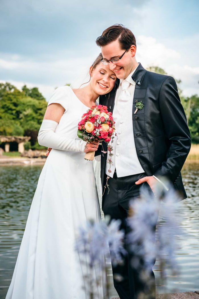 Hochzeitsfotograf Berlin Paarshooting am See