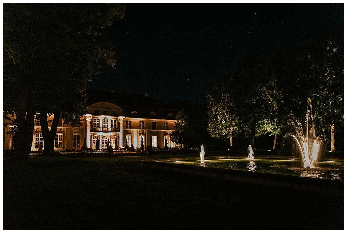 Schloss Hasenwinkel bei Nacht