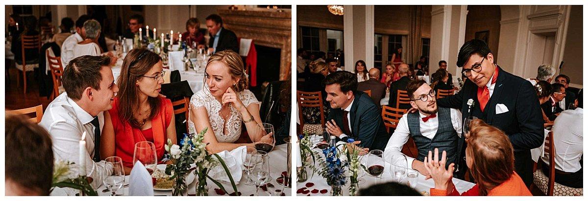 Hochzeitsgesellschaft beim Abendessen