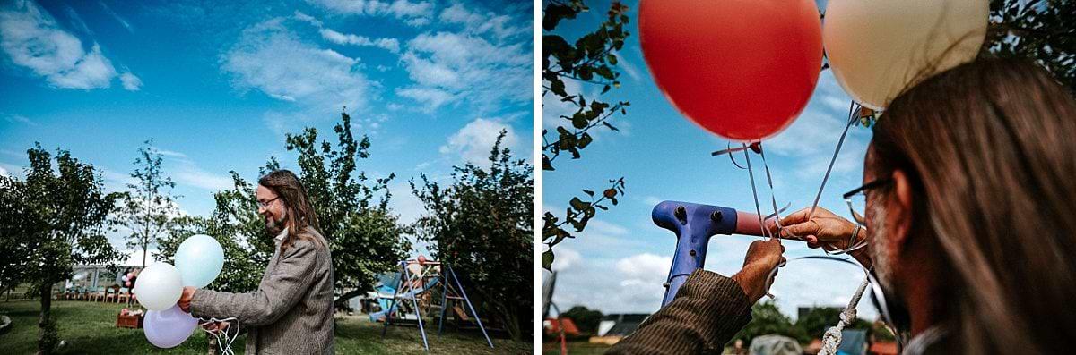 Luftballons und blauer Himmel