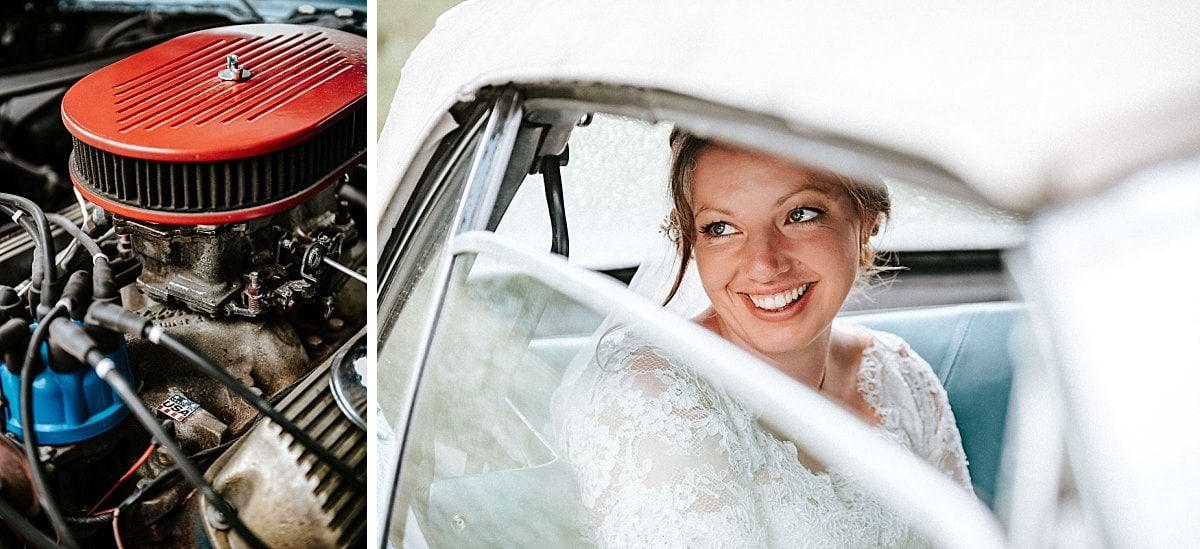 Glückliche Braut im Mustang